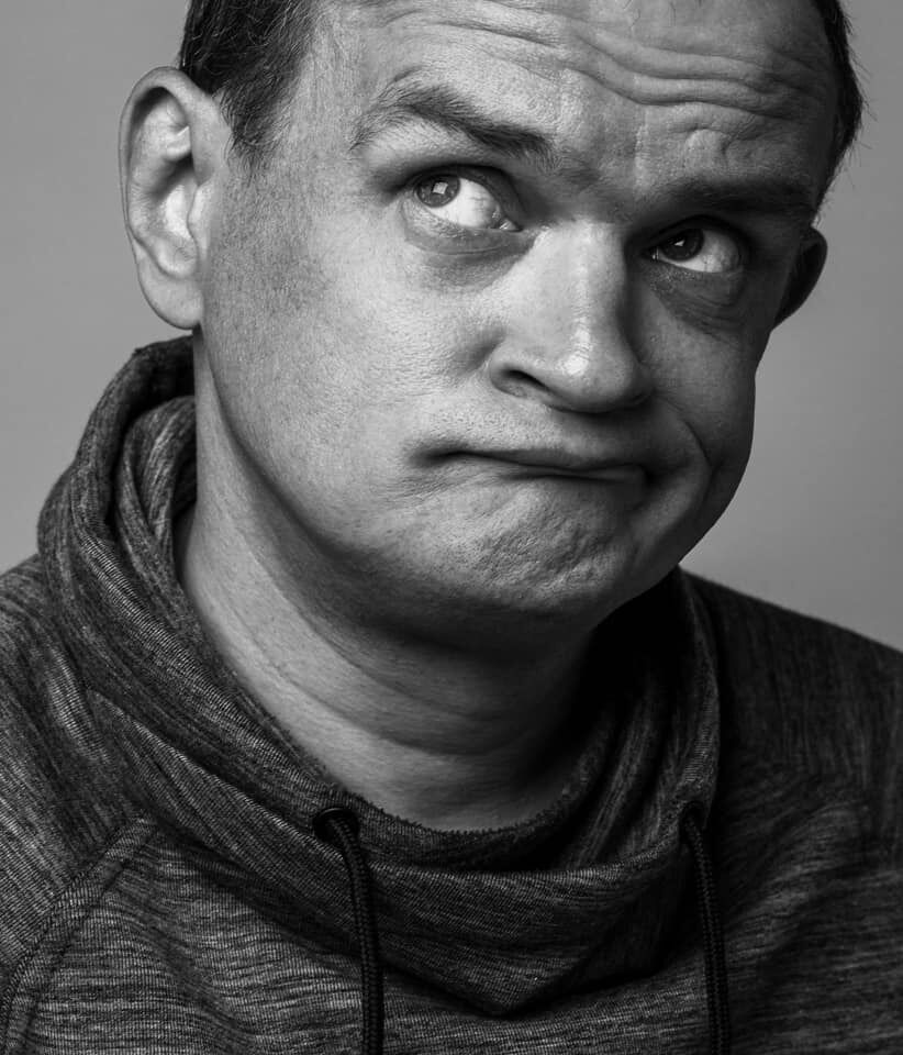 """Сергій Фролов: чому актора серіалу """"Грозові ворота"""" вигнали з дружиною і дитиною на вулицю"""
