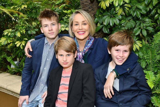 Шерон Стоун з синами