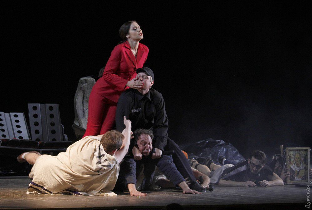 Украинский театр показал эротику: вызывающие фото