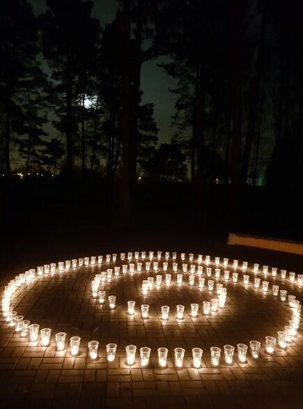 Спіраль зі свічок. Автор ідеї - Ігор Мехеда