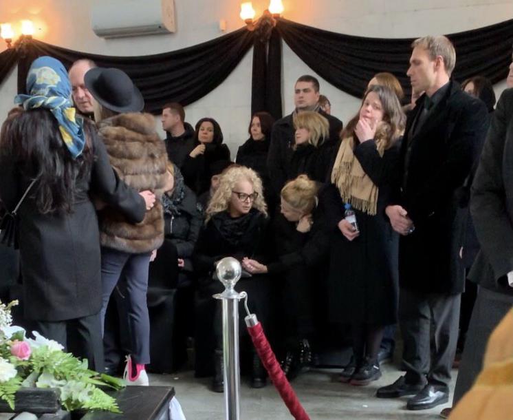 Євген Алдонін і Віра біля труни: фото з похорону Началової