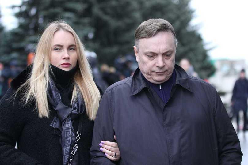 Андрей Разин с женой