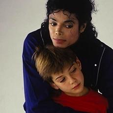 Джеймс Сейфчак раскрыл жуткие подробности секса с Майклом Джексоном: кто он, фото