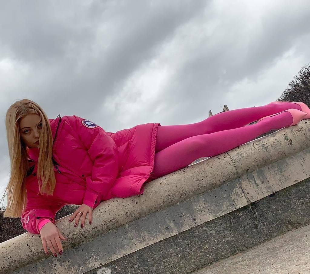 В ожидании порно: как Катя Кищук дразнит вызывающими фото в Инстаграме