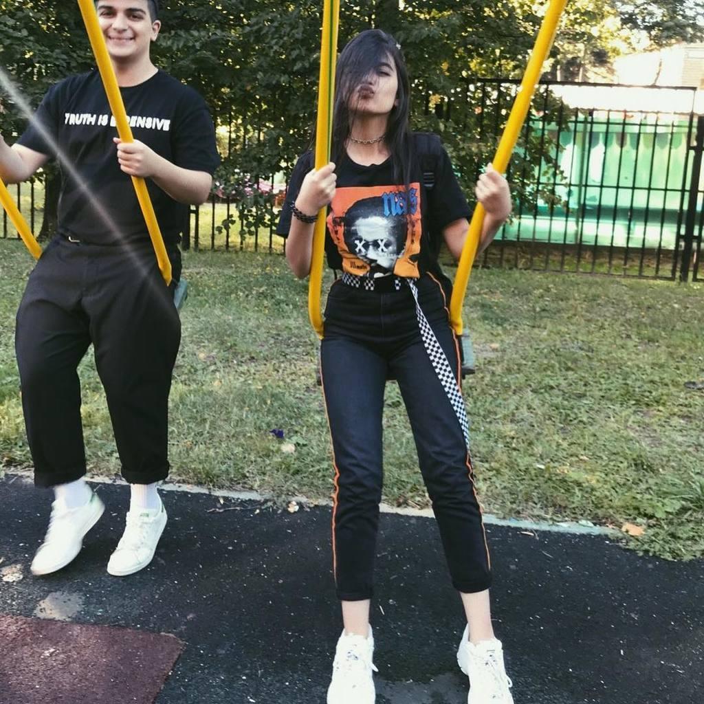 Тендерлибае показала свои фото без маски