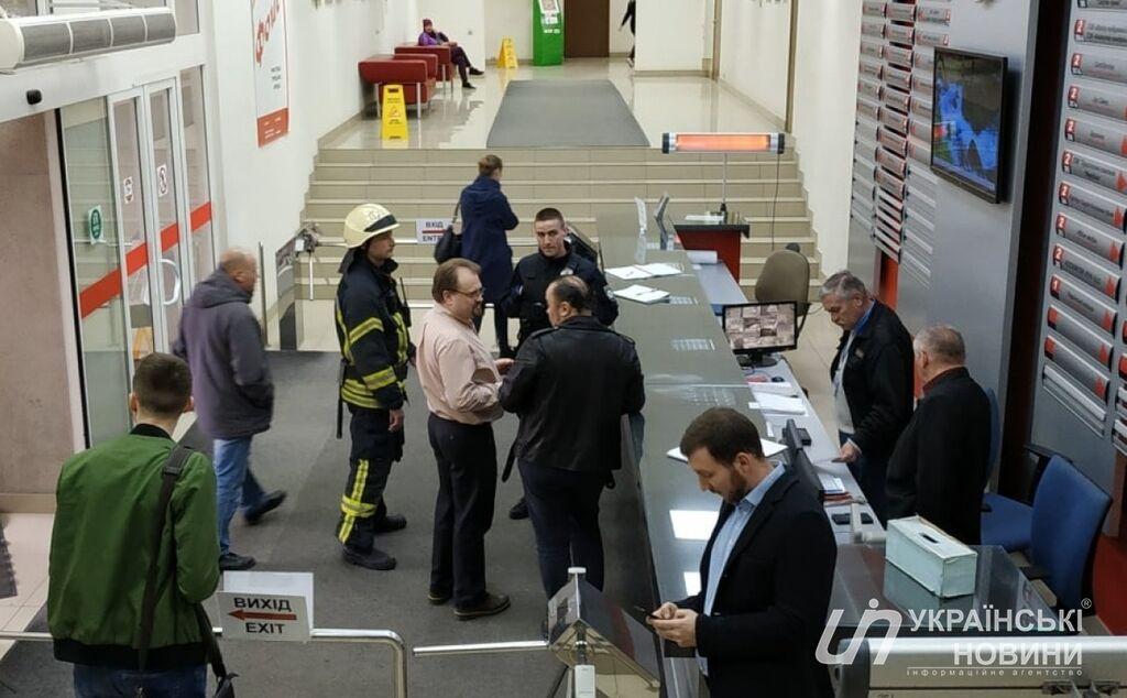 Пресс-конференция Дениса Манжосова срывается из-за происшествия