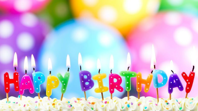 Привітання татові з днем народження: оригінальні картинки й вірші