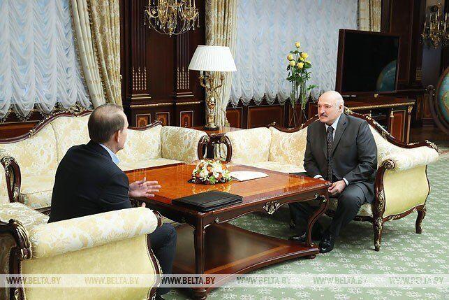 Медведчук будет руководить Зеленским? Тарас Чорновил о том, зачем кум Путина летал в Москву и Минск