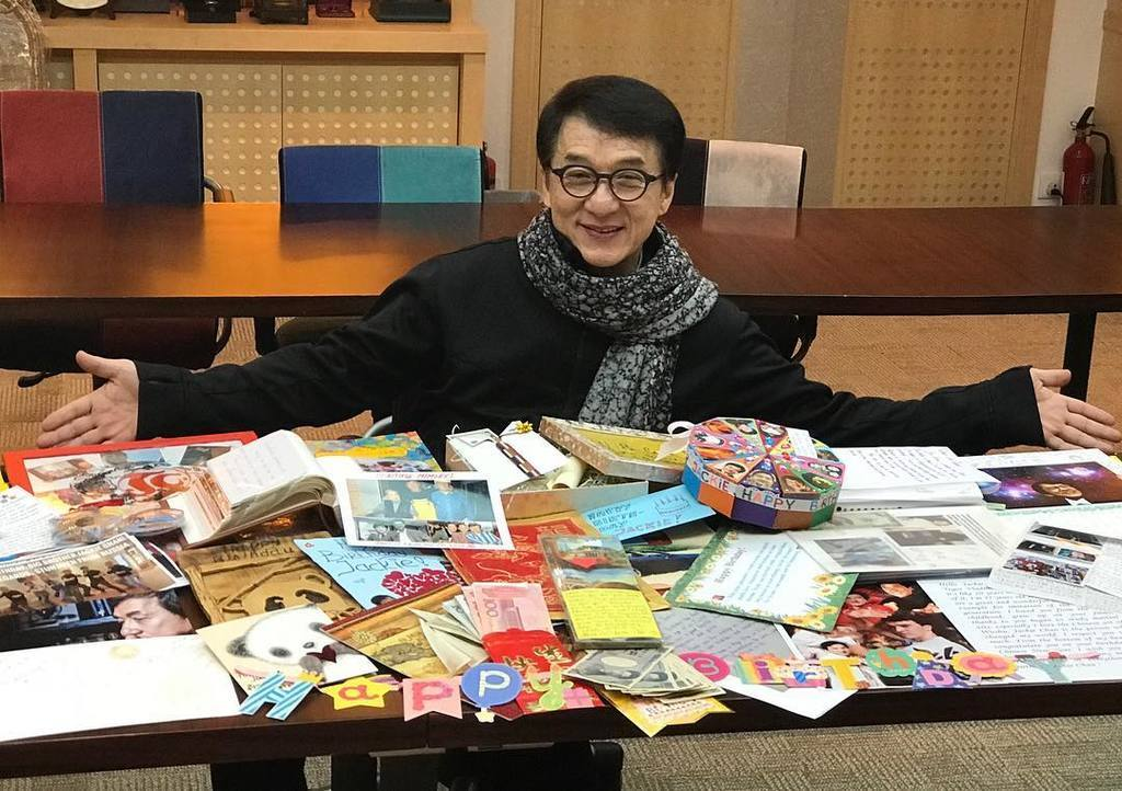 Джекі Чан святкує день народження: як він зараз виглядає, цікаві факти