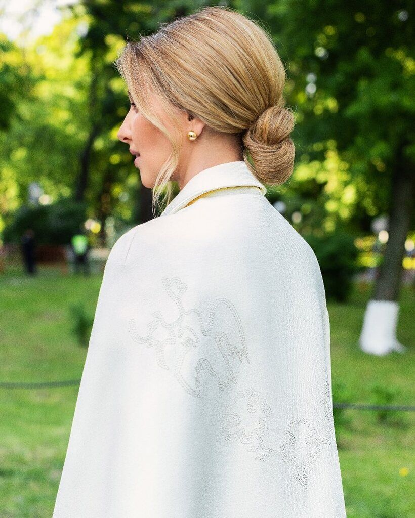Елена Зеленская в наряде от ARTEMKLIMCHUK