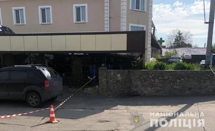 Фото з місця вбивства в Баришівці 5.05.2019