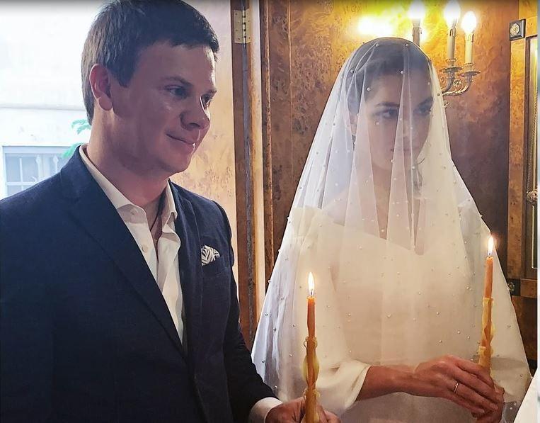 Дмитро Комаров та Олександра Кучеренко одружилися