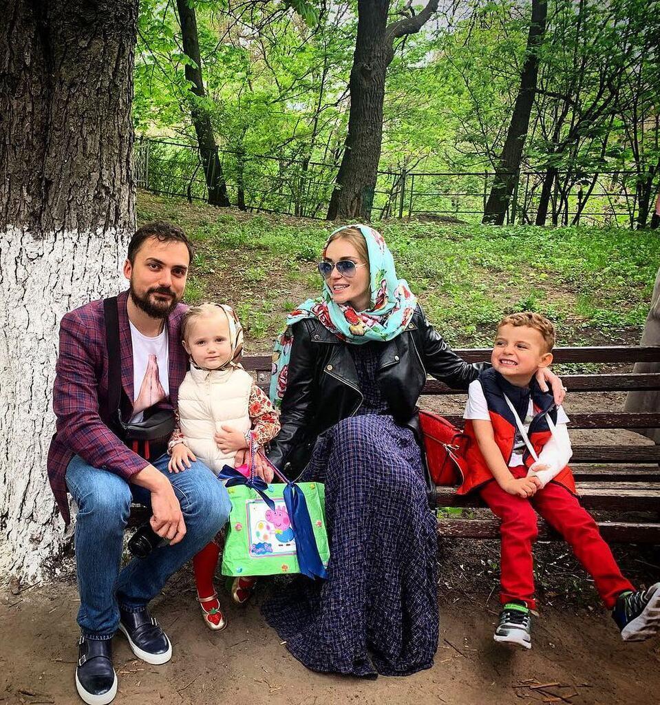 Едгар і Слава Камінські з дітьми