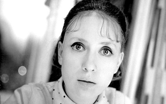 Инна Чурикова упала со сцены: сколько ей лет и какой она была в молодости, фото
