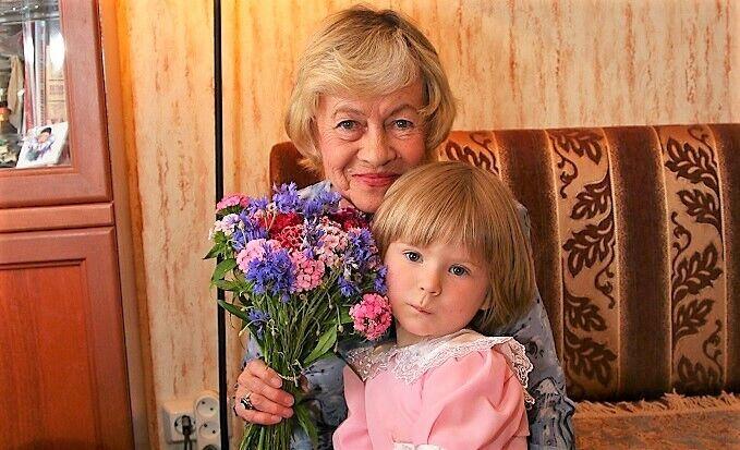 Что случилось с внучкой Александры Назаровой, фото