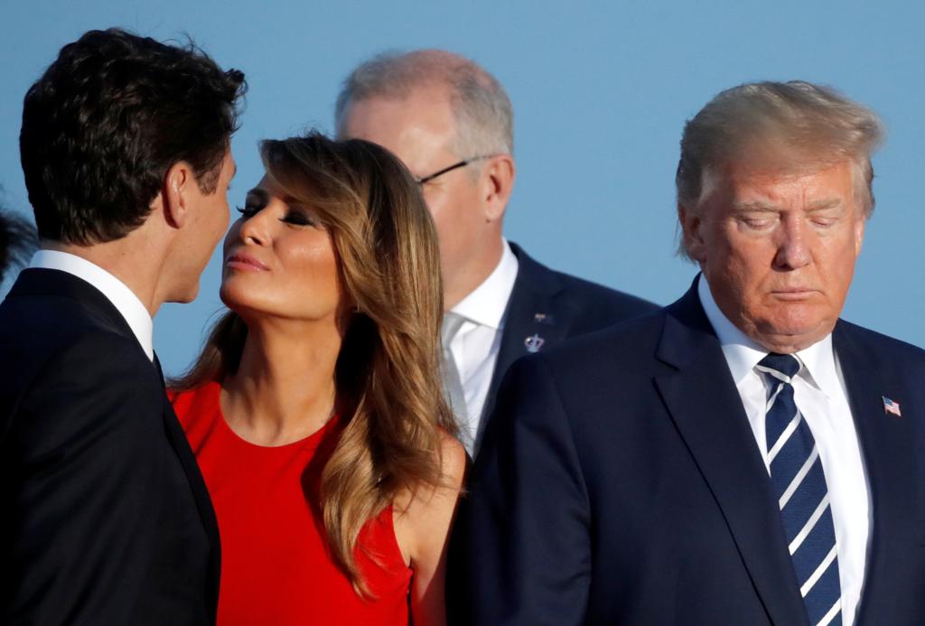 """""""Вона обрала смерть"""": поцілунок Меланії Трамп з Трюдо обіграли анекдотом"""