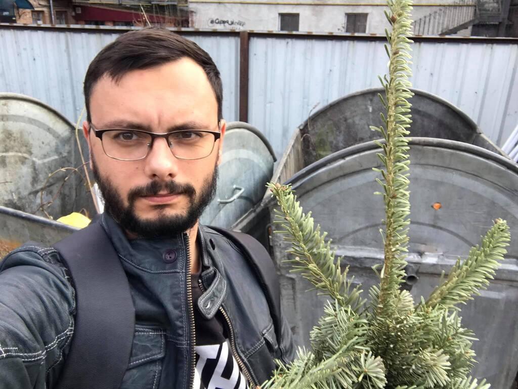 Журналиста избили из-за Шария
