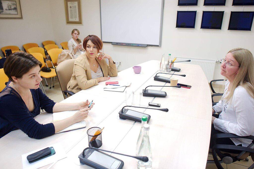 Уляна Супрун дає інтерв'ю Соні Кошкіній