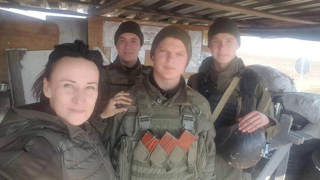 Маруся Звиробий с бойцами Нацгвардии