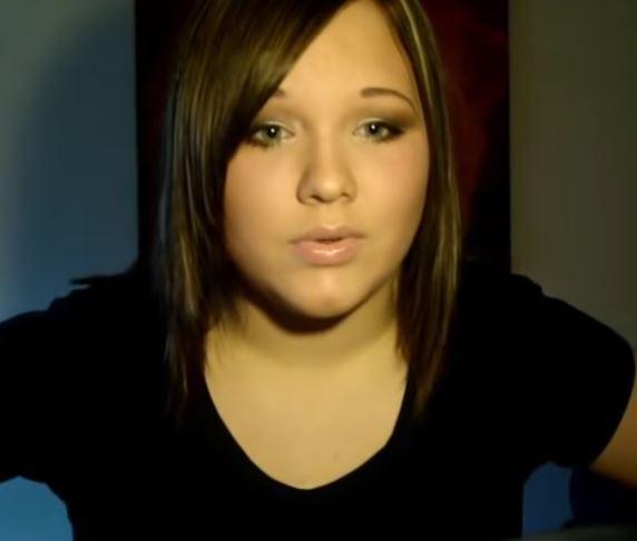 Кто такая Никки де Ягер и как она выглядела в 14 лет и с усами, фото и видео