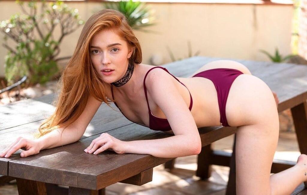 Поразительные фото и видео, как Юлия Чиркова aka Джиа Лисса выглядит вне порно
