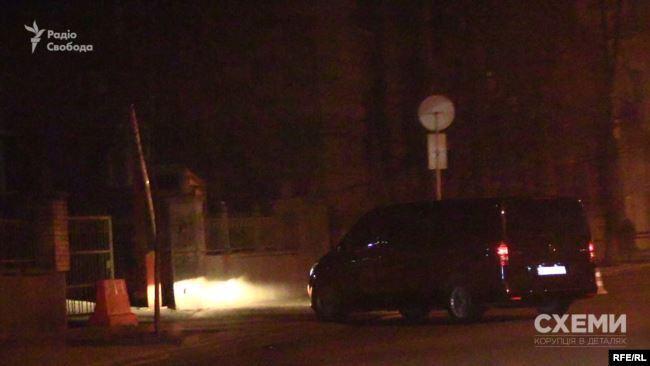 Появились фото, как Зеленский ночью 9 января прилетел в Киев из Омана