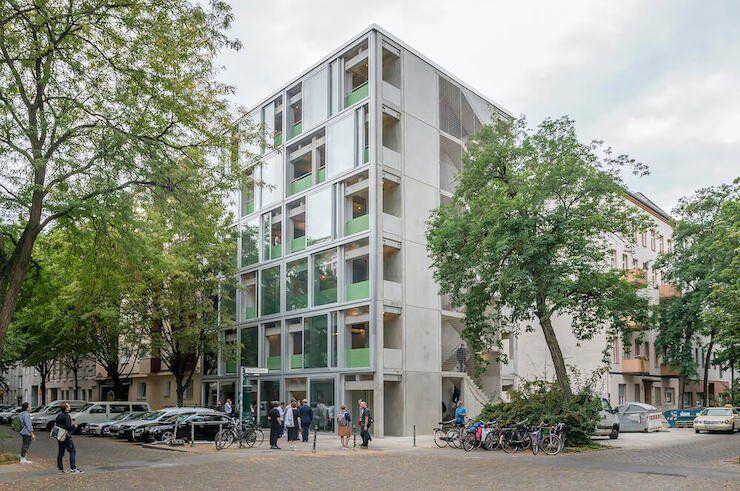 У Берліні збудували панельний будинок – як у радянські часи, але краще (фото)