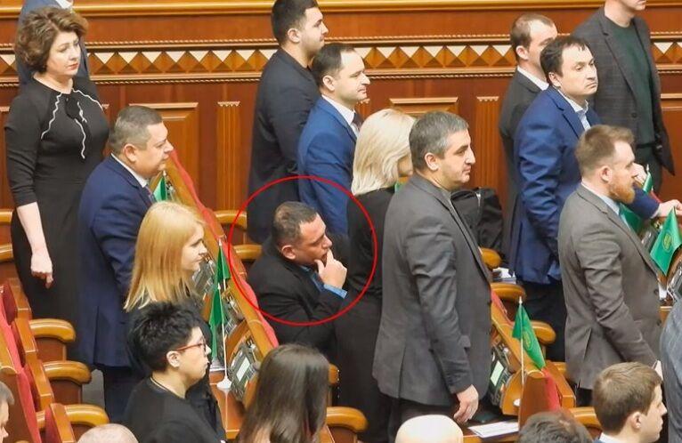 Бужанський відмовився вшанувати пам'ять загиблих на Майдані хвилиною мовчання, відео