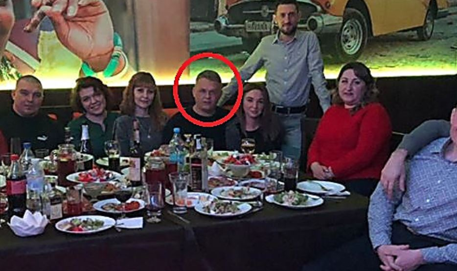 Капитан полиции обокрал своих одноклассников на встрече выпускников в Николаеве