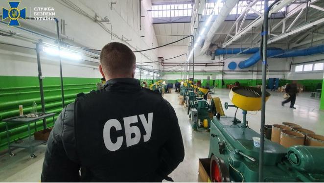 Хищения в оборонке: экс-руководство ведущего завода купило неисправного оборудования для армии на $1,7 млн