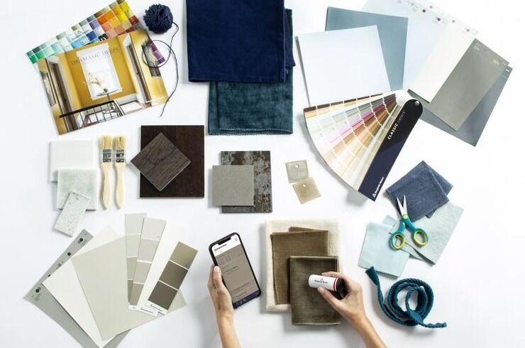 Запустили мобільний додаток Color Portfolio, який підбирає кольори для інтер'єру.