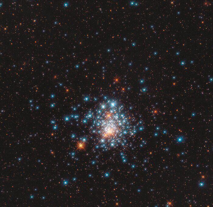 Фото, сделанное космическим телескопом Hubble Telegram-канал Rings&Moons