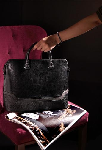 Создаем образ бизнес-леди: правила выбора сумки