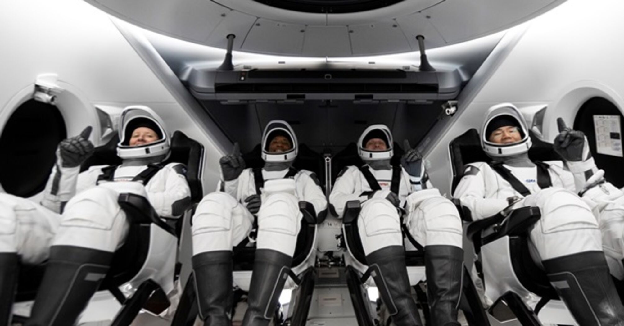 SpaceX запустила регулярний маршрут в космос
