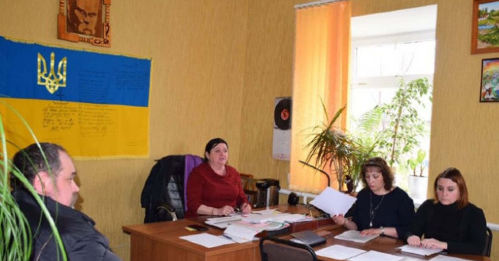 Депутаты из Новых Санжаров обратились к Зеленскому и выступили против размещения эвакуированных из Уханя украинцев