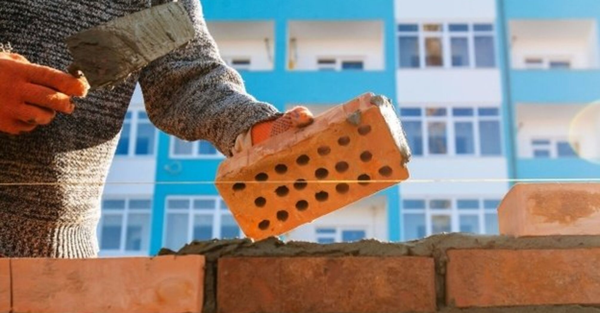 В Украине с начала года подорожали строительные работы