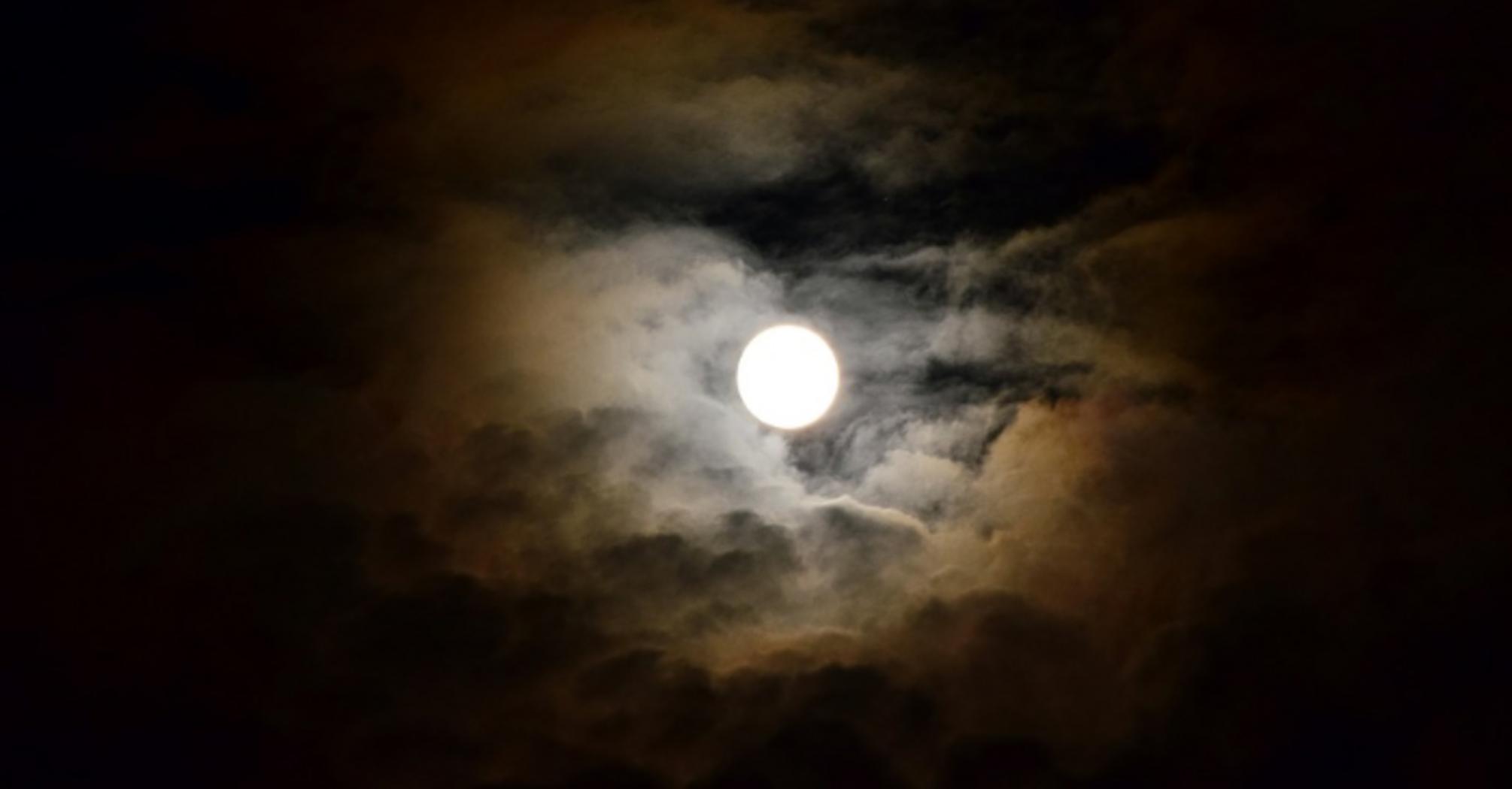 Лунный календарь на март 2020 обещает один опасный день и перемены в жизни