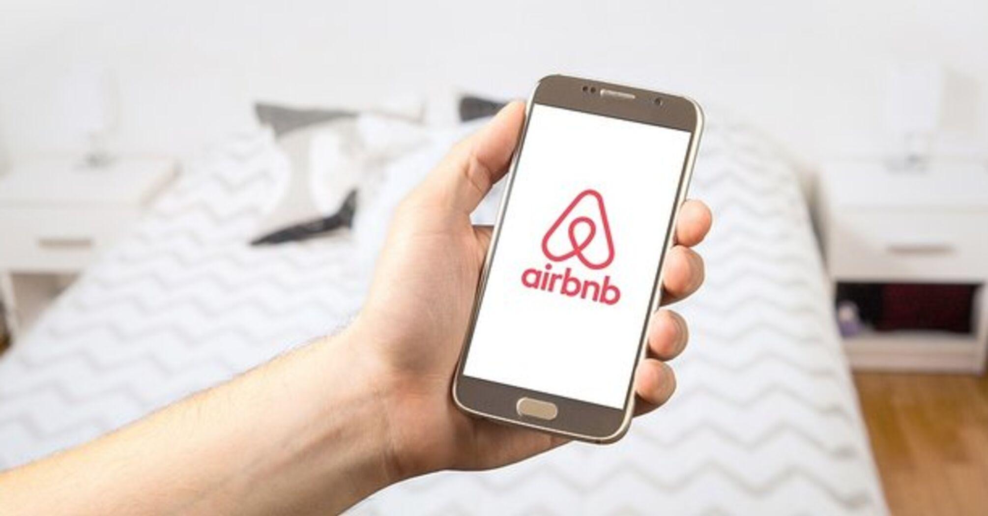 Акции Airbnb подорожали в два раза после IPO