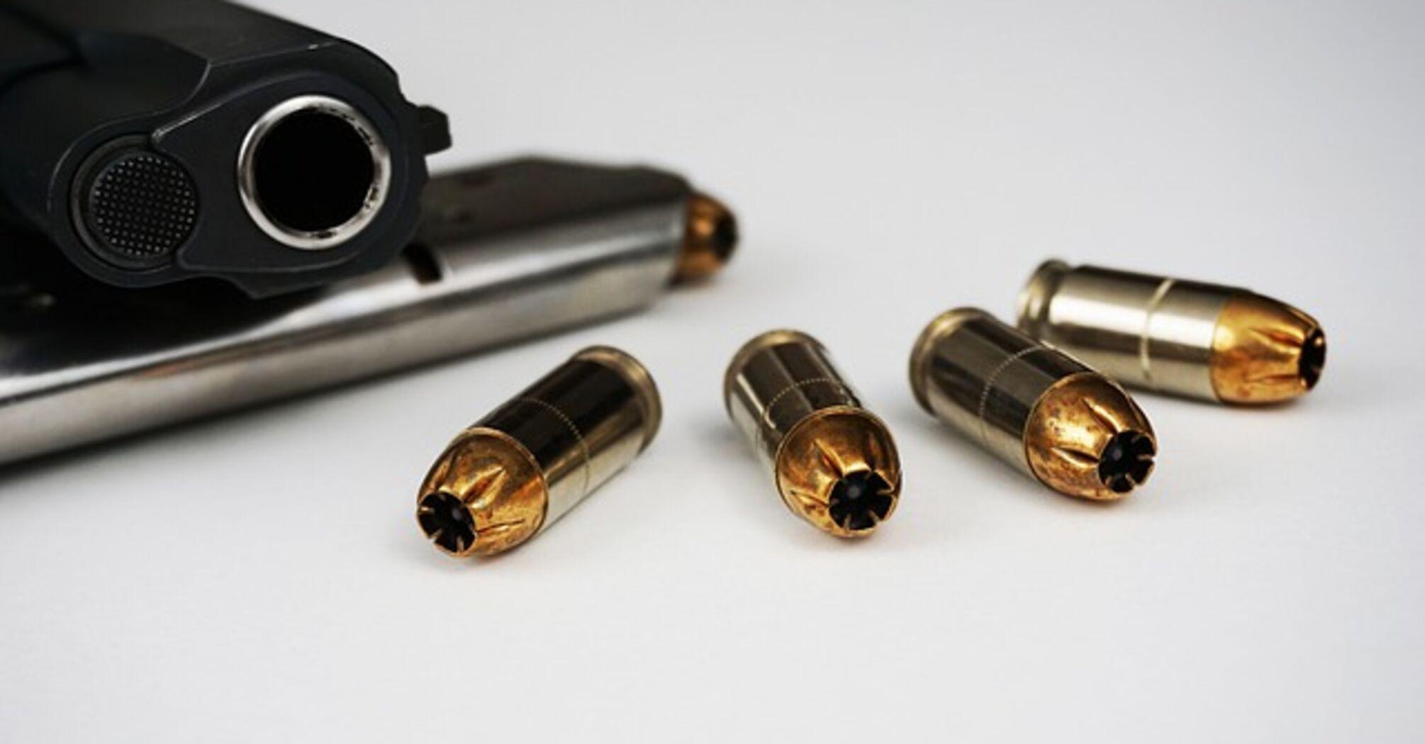 Українцям запропонували роздати стрілецьку зброю: навіщо і кому належить