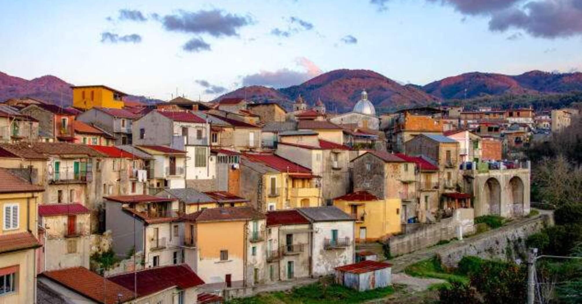 В Италии начали продавать дома за один евро