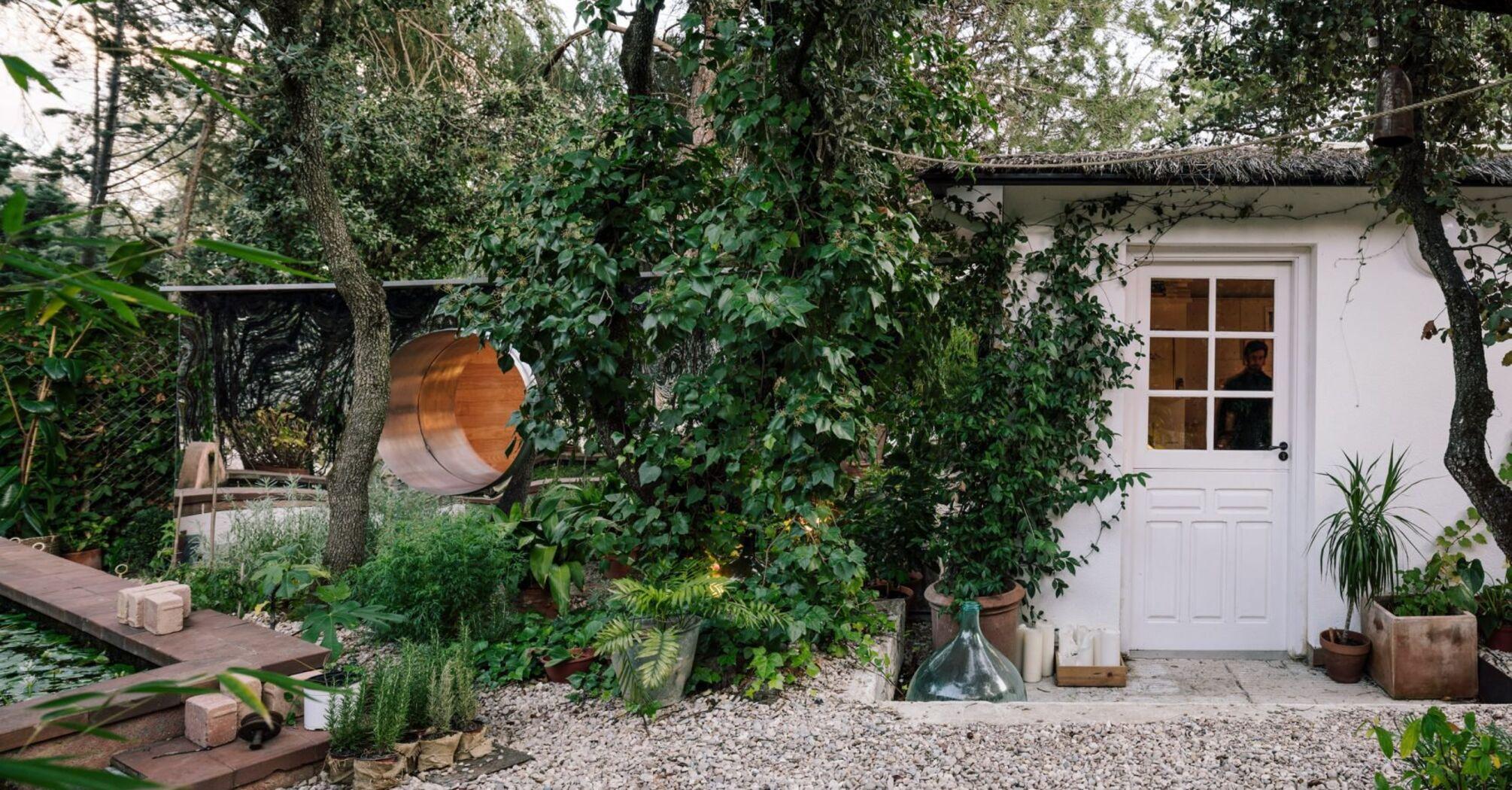"""Гарний смак дня: """"відображений"""" будинок у Мадриді"""