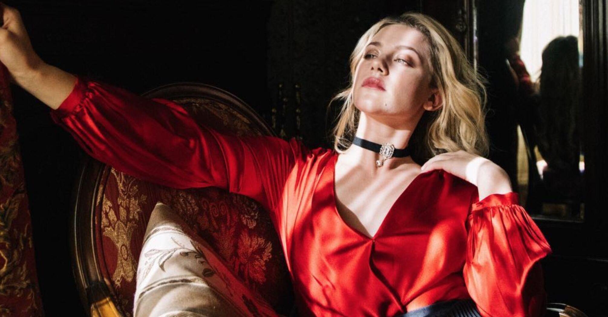 Американская актриса Лили Рейнхарт совершила каминг-аут
