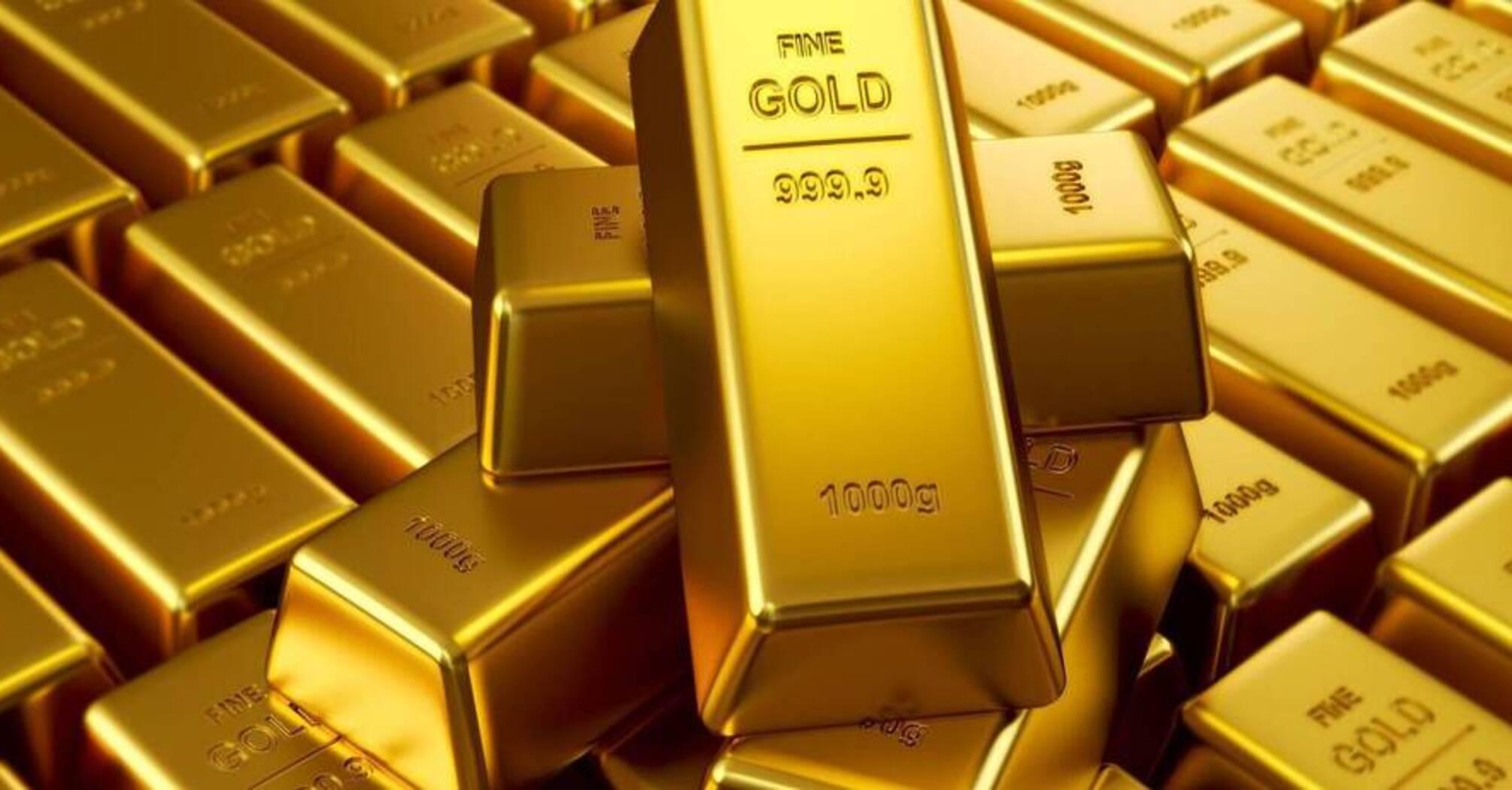 Цены на золото поднялись до максимума с 2011 года