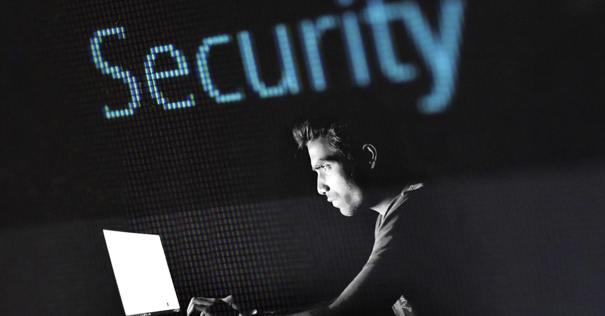 Киберполиция разоблачила банду хакеров, похитившую у бизнесменов миллионы