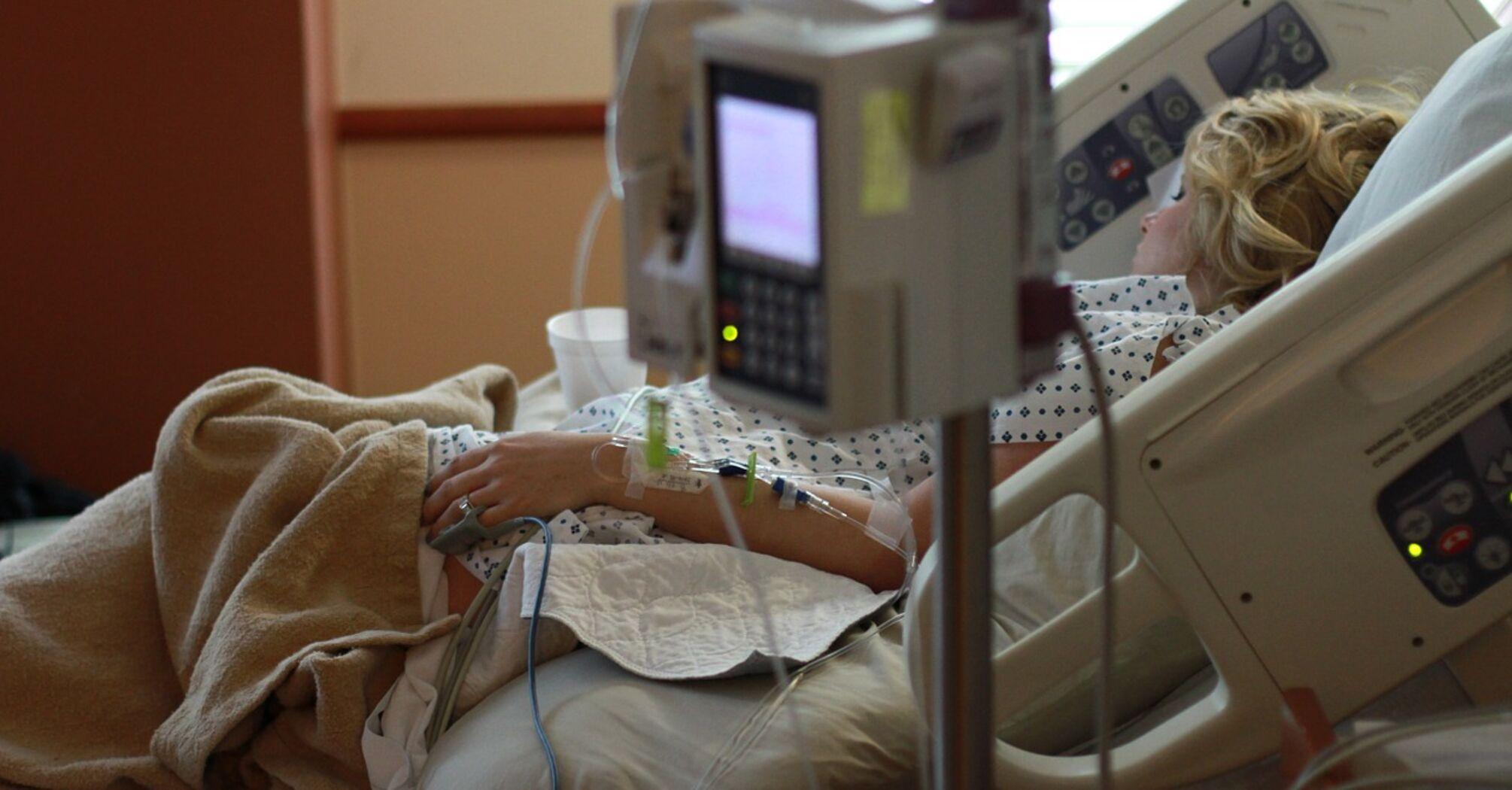 В Україні зайнято майже 60% ліжок з киснем для хворих COVID-19