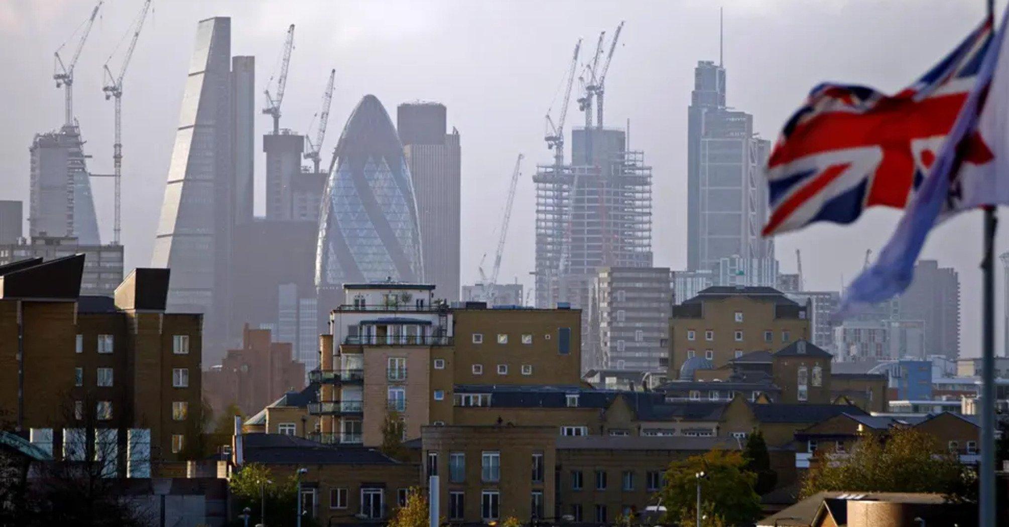 У Лондоні переобладнають під житло спорожнілі офіси
