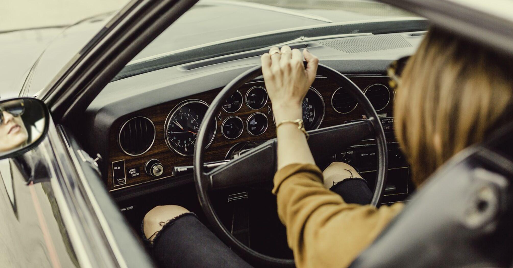 Автошкола онлайн и водительские права курьером: Кабмин изменил порядок подготовки водителей